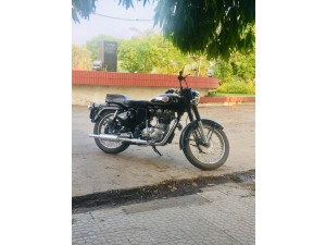 royal-enfield-bullet-small-1