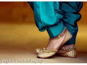 jagbir-photography-best-photogharpher-in-mohali-wedding-photography-prewedding-small-3