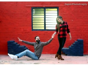 jagbir-photography-best-photogharpher-in-mohali-wedding-photography-prewedding-small-2
