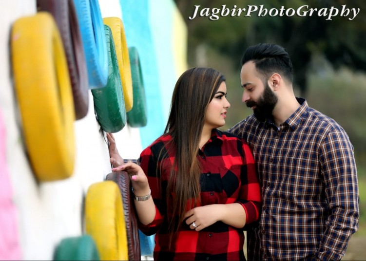 jagbir-photography-best-photogharpher-in-mohali-wedding-photography-prewedding-big-0