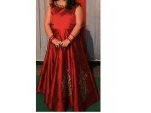 maroon-gown-xxl-size-small-1