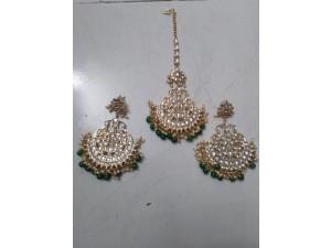 green-earings-with-mangtika-small-0