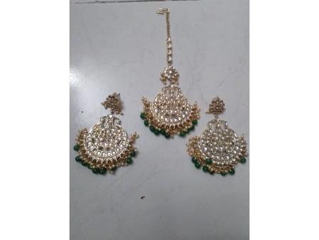 Green Earings with Mangtika