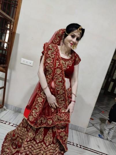 beautiful-bride-lehnga-big-0