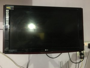 lg-tv-42-inch-with-auto-sliding-speakers-srs-digital-full-hd-1080p-small-2
