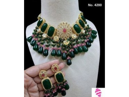 Green and Pink Jewellery Set