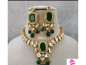 green-jewellery-set-small-0