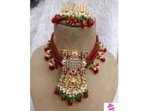 red-green-jewellery-small-0